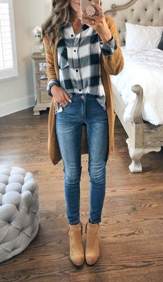 Wedge Heel Ankle Boots Casual Fall Outfit With Jeans - Most Popular Fashio. - Wedge Heel Ankle Boots Casual Fall Outfit With Jeans – Most Popular Fashion Pins outfit heel # - Legging Outfits, Outfit Jeans, Cardigan Outfits, Leggings Fashion, Wedges Outfit, Casual Fall Outfits, Fall Winter Outfits, Winter Clothes, Women's Casual