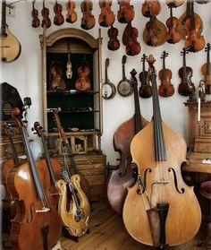 Geige - Violine / Violin + Cello - Violoncello / Cello + Musik Instrumenten / Musical Instruments