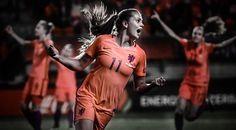 I really love this picture Lieke Martens in het Nederlands elftal, oranje leeuwinnen #liekemartens #11 #soccer #women