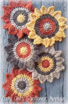 Crochet Sunflower Applique Pattern - free pattern link to Ravelry
