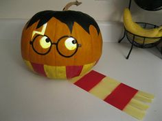 Halloween: Harry Potter pumpkin! So cute. Little carving. No directions, but good photo.