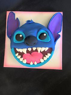 stitch Lilo And Stitch Cake, Lilo Et Stitch, Fondant Cakes, Cupcake Cakes, Stitch Disney, Disney Cakes, Cake Boss, Love Cake, Cute Cakes