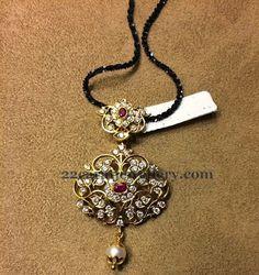 Diamond Lockets Gallery by Kotharis | Jewellery Designs