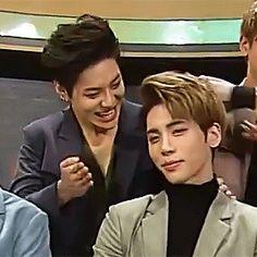 when Jonghyun did a mistake #inkigayo