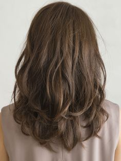 透明感のある大人カジュアルなロングスタイル:ロング in 2020 Medium Hair Cuts, Medium Hair Styles, Long Hair Styles, Medium Bob Hairstyles, Permed Hairstyles, Asian Hair Perm, Digital Perm, Hair Arrange, Shoulder Length Hair