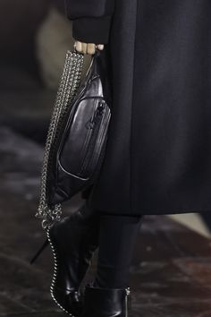 Alexander Wang Fall 2017 Ready-to-Wear Accessories Photos - Vogue