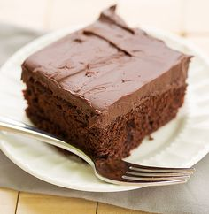 Chocolate Cake with a Whipped Mocha Ganache Frosting - An easy, moist chocolate cake with a mocha frosting spiked with Kahlua. Mocha Frosting, Ganache Frosting, Whipped Ganache, Best Chocolate Cake, Chocolate Recipes, Chocolate Muffins, Chocolate Chocolate, Food Cakes, Cupcake Cakes