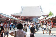 東京下町の浅草寺