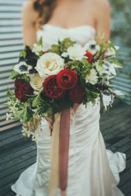 Lovely flowers for a fall/winter wedding