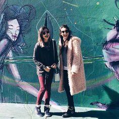 Uma característica marcante de SP é a intervenção urbana. O Beco do Batman é uma galeria a céu aberto. || Sao Paulo - Brazil - blog de viagem - dicas de viagem - friend travel - winter outfit - fall outfit - grafite - adidas - sunny winter