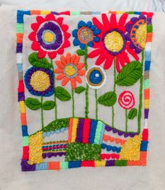 Mexican Embroidery, Felt Embroidery, Embroidery Stitches, Embroidery Patterns, Summer Crafts, Diy And Crafts, Bordado Floral, Felt Pictures, Needlepoint Stitches
