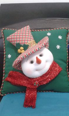 Ring Pillows, Christmas Crafts, Christmas Ornaments, Xmas Decorations, Fifa, Snowman, Best Gifts, Quilts, Holiday Decor