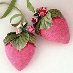 pretty pin cushions as strawberries