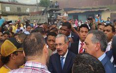 Danilo hace visita sorpresa al mercado de La Vega