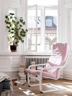 k chengardinen 18 design ideen f r ein gem tliches ambiente rote vorh nge k chengardinen. Black Bedroom Furniture Sets. Home Design Ideas