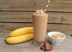 Make It Monday- Chocolate Banana Nut Smoothie