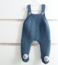 Another # combination # Pelelen which has # # # hechoamano # gift # # – kinder mode Crochet For Boys, Knitting For Kids, Baby Knitting Patterns, Free Knitting, Crochet Baby, Crochet Jumper, Knitted Romper, Baby Kimono, Baby Dress