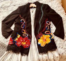 Blazer, Jackets, Women, Fashion, Needlepoint, Down Jackets, Moda, Fashion Styles, Blazers