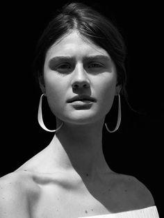 http://www.cosstores.com/pl/Women/Jewellery?utm_source=apsis