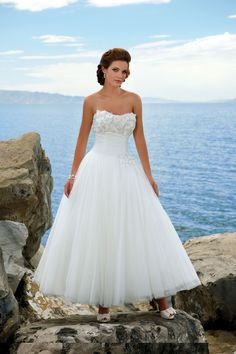Vintage A-line Sweetheart Ankle-length Ruffles Beach Wedding Dresses