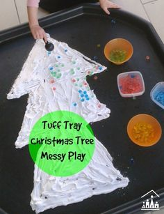 Christmas Tree Messy Play - Crafty Kids at Home - T is for tree. Christmas Tree Messy Play in a tuff tray using shaving foam and waterbeads. Christmas Activities For Toddlers, Preschool Christmas, Toddler Christmas, Christmas Crafts For Kids, Xmas Crafts, Winter Christmas, Christmas Themes, Tuff Tray Ideas Toddlers, Christmas Christmas