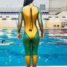 Triathlon Women, Triathlon Wetsuit, Tri Suit, Diving Wetsuits, Scuba Girl, Diving Suit, Womens Wetsuit, Girls Jeans, Sport Girl