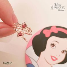 >>>Pandora Jewelry OFF! >>>Visit>> This Disney Princess jewelry line will make all wishes come true Fashion trends Fashion designers Casual Outfits Street Styles Pandora Bracelets, Pandora Jewelry, Pandora Charms, Pandora Pandora, Charm Bracelets, Disney Princess Jewelry, Disney Jewelry, Cute Jewelry, Jewelry Accessories