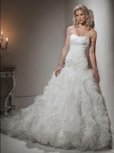 Wedding Dresses | 2014 Style Wedding Dresses | A-line Strapless Hand-Made Flower Sleeveless Chapel Train Organza Wedding Dresses For Brides