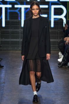 DKNY Fall 2015 Ready-to-Wear - Collection - Gallery - Style.com Binx Walton!! http://www.style.com/slideshows/fashion-shows/fall-2015-ready-to-wear/dkny/collection/39