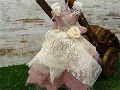 Μπομπονιέρα και προσκλητήριο βάπτισης φόρεμα Victorian, Dresses, Fashion, Vestidos, Moda, Fashion Styles, Dress, Fashion Illustrations, Gown