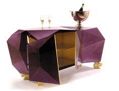 Diamantes y amatistasMUEBLES DE BOCA DO LOBO EN ROOMY SHOWROOM
