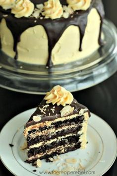 Nanaimo Layer Cake: rich, fudgy and gluten-free! www.thereciperebel.com by…