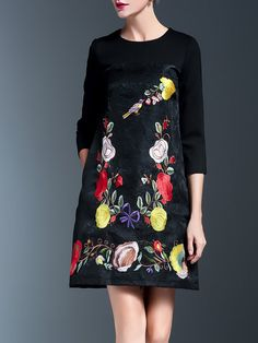 Elegant Floral Embroidered 3/4 Sleeve Midi Dress