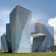 Nieruchomości Łódź    Sprzedaż mieszkań Łódź, rewitalizacja w Łodzi - Budomal Skyscraper, Multi Story Building, Skyscrapers