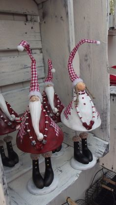 48 Amazing Hanging Ornament Ideas To Add Enliven Christmas Christmas Gnome, Christmas Sewing, Christmas Art, Christmas Projects, Winter Christmas, Christmas Ornaments, Deco Table Noel, Scandinavian Christmas, Hanging Ornaments
