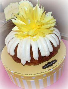Nothing Bundt cakes | DPL Event Design ~ The Blog: Nothing Bundt Cakes {Review}
