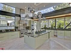 i love this color scheme and the modern kitchen!  Gorgeous!