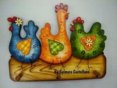 Chicken 3 are we plaque Chicken Crafts, Chicken Art, Wood Craft Patterns, Painting Patterns, Tole Painting, Painting On Wood, Decorative Painting Projects, Farm Quilt, Country Chicken