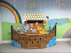 How to make a large Noah's Ark from boxes. - YouTube