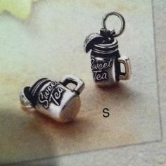 Sweet tea mason jar charm. These are awesome! ☀CQ #southern #crafts #jewelry would love one of these for my charm bracelet!