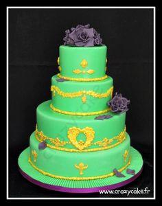 Green baroque cake