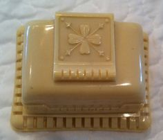 Vintage 1930's Ring Box 2 by BeezKneezAntiquiteez on Etsy
