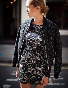 How ELLE weras lace # 5  http://www.elleuk.com/fashion/what-to-wear/elle-wears-lace#image=14