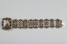 Bracelet en or et émail, milieu du XIXe siècle