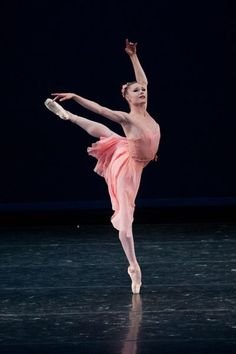 Look at Sara Mearns' open arms~ now that takes strength! Beautiful!