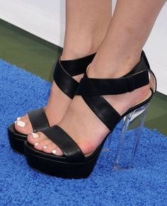 Bella Thorne's High Heels ...XoXo