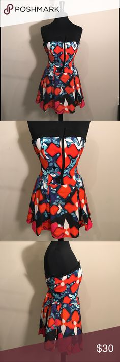 """Peter Pilotto for Target Dress - New NEW without tags Peter Pilotto for Target strapless dress. Dress is size 2 and measures 25"""" from top to bottom. Please feel free to contact with any questions or additional photo requests. Thank you for your interest. Peter Pilotto for Target Dresses Strapless"""