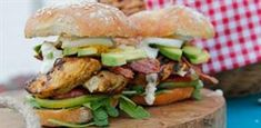 9 scrumptious burgers to rock your weekend Lamb Burgers, Salmon Burgers, Topside Beef, Lettuce Cups, Burger Buns, Basil Pesto, Perfect Food, Cobb Salad, Sweet Potato