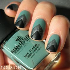 Today's Daily Nail Art is this Teal Chevron design by nailside. This teal, charcoal, and black chevron design is geometrically simple yet eye catching -- an alternative to gradient nails with a more structured application. Get Nails, Fancy Nails, Love Nails, How To Do Nails, Pretty Nails, Hair And Nails, Xmas Nails, Art Deco Nails, Chevron Nails