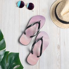Prepare for an adventurous and carefree summer with a pair of colorful slippers that are created just for you! The rubber sole is lined with a soft fabric to make sure you feel comfortable wherever your day takes you. • Rubber sole • Customizable 100% polyester fabric lining • Black Y-shaped rubber straps • Toe [...] The post Flip-Flops appeared first on Dullaj.com. Shops, Good Grips, Everyday Look, New Shoes, Cotton Candy, Soft Fabrics, Modern, Flip Flops, How Are You Feeling